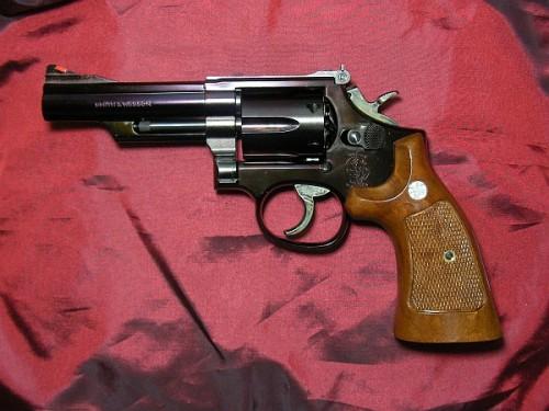 タナカ S&W M19 4インチ
