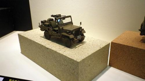 三菱ジープ 自衛隊73式小型トラック